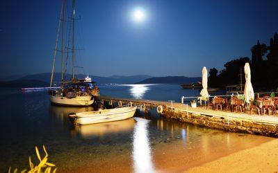 Fasten your seatbelt – Nikolas Taverna Agni Bay